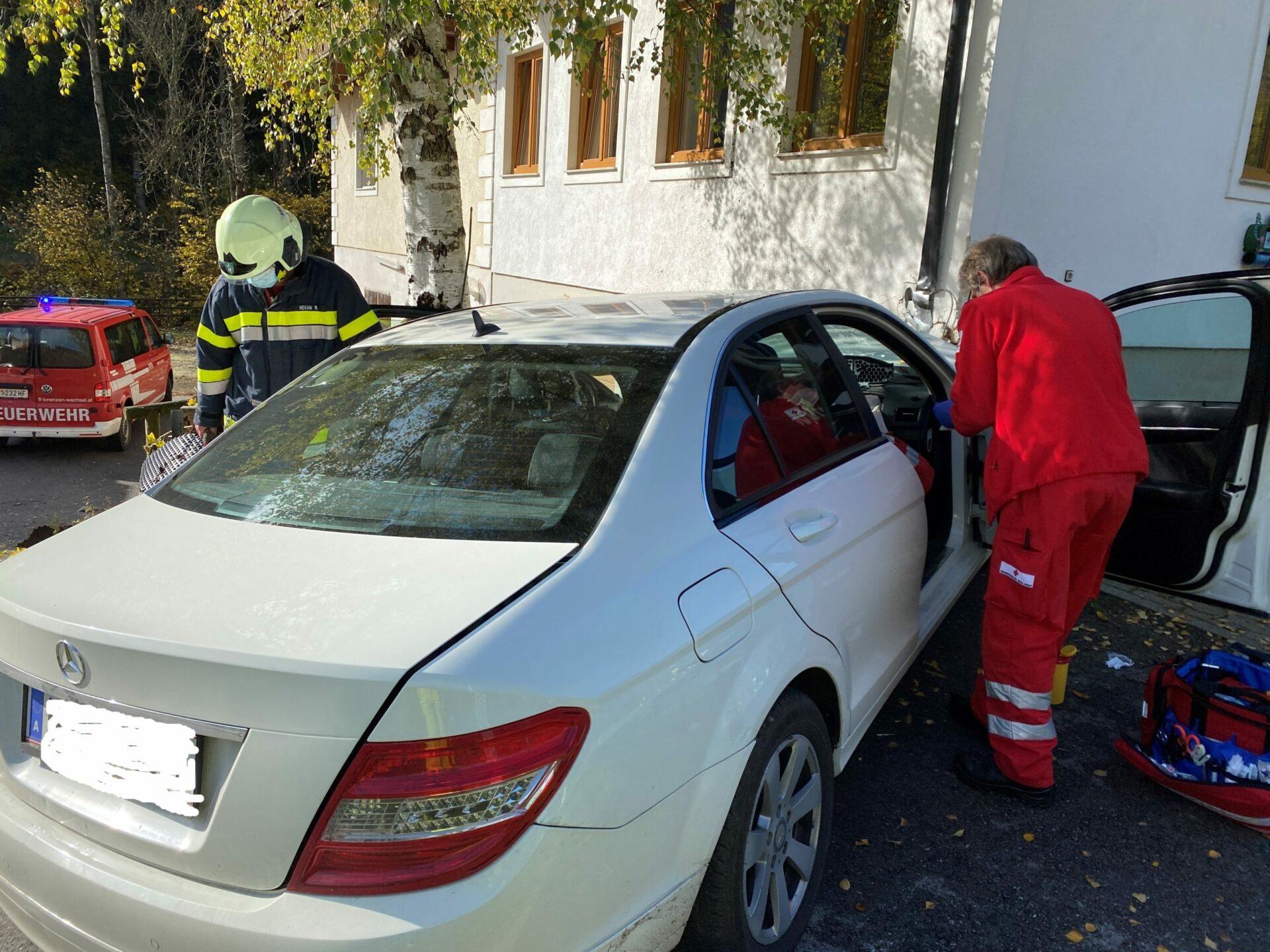 28.10.2020 – Schwerer Verkehrsunfall mit verletzter Person